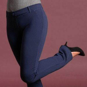 Straight-Leg | Classic Press Pant Yoga Pants